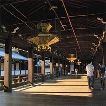 【西本願寺】国内外からも多数のお客様が参拝される西本願寺。