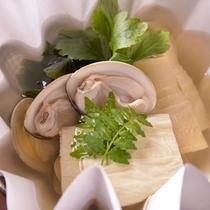 【ご夕食(鍋物)】季節感あふれる「懐石料理」の一例