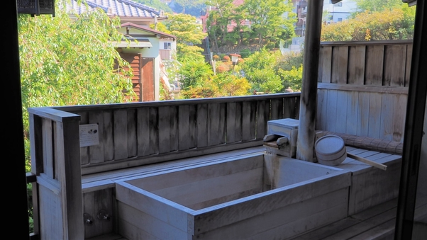 和室10畳(露天風呂・トイレ付)※眺望は望めません