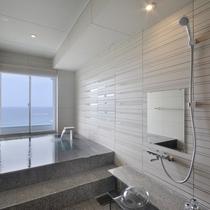 浜水晶特別室 浴室一例