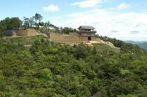 桃太郎伝説発祥の地「鬼ノ城」