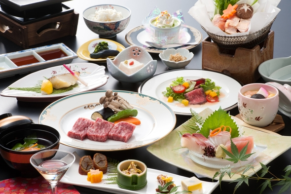 【人気№1嬉しいお部屋食】日本三大美肌湯☆ご夕食は伊万里牛付きグルメ和会席12品