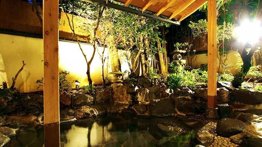 【温泉】館内に2か所ある貸切露天風呂