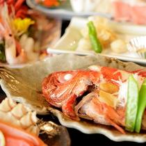 【夕食】季節の会席料理 一例(金目メイン)