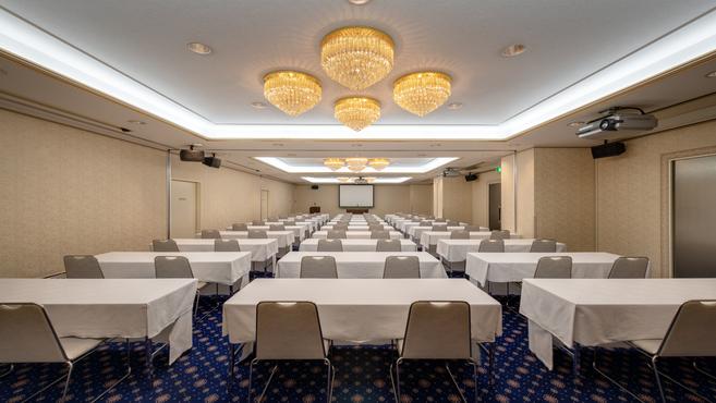 会議室カトレア 会議セット例