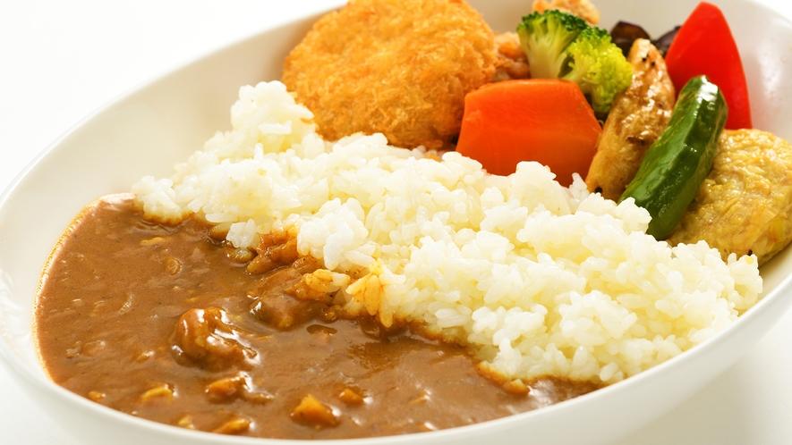 【朝食ビッフェ/5種カレー】 お食事イメージ。