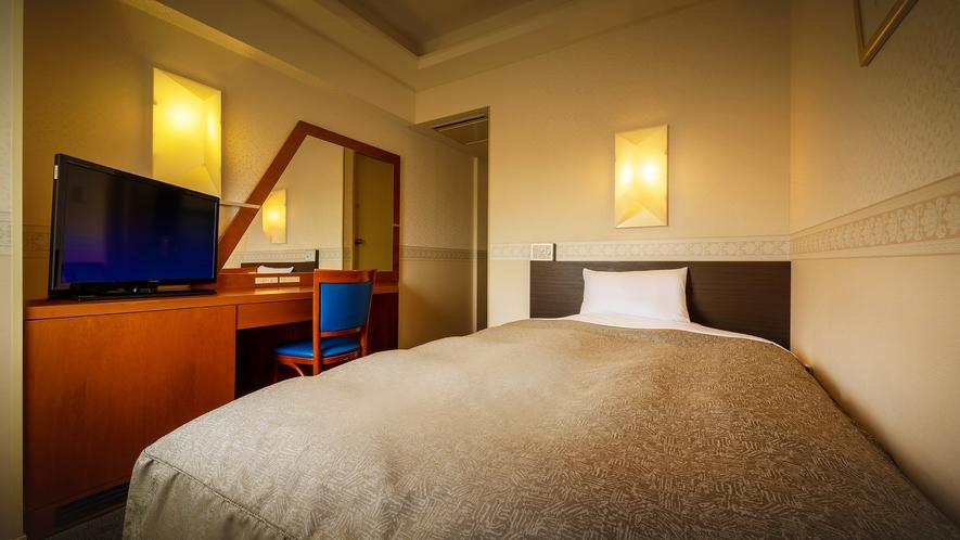 【別館/コンフォート・セミダブル】 ビジネスにも観光にも使いやすい広々としたベッドのお部屋。