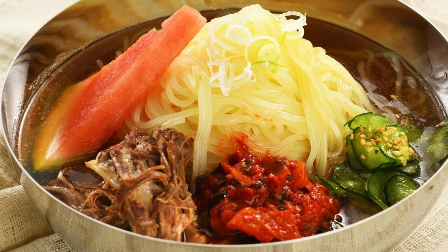 【朝食ビッフェ/郷土料理[盛岡冷麺] お食事イメージ。