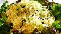 【朝食一例】普段不足しがちなお野菜をたっぷりとお召し上がりください。