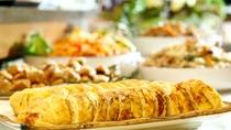 【朝食一例】一日のエネルギー源です。たくさんお召し上がりください。