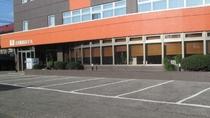 ◆ホテル正面駐車場
