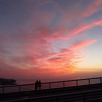 「プユニ岬」から眺める夕陽や夕焼けは壮大!