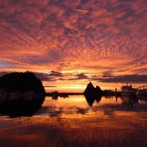 【風景】ウトロ港からの夕陽です。