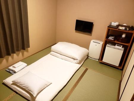 ◎ 和室6畳 ◎ タタミでゴロ寝 ◎ 換気エアコン新導入