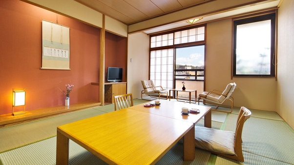 (新)【川側12畳-禁煙和室】赤い中橋・宮川を望む和室