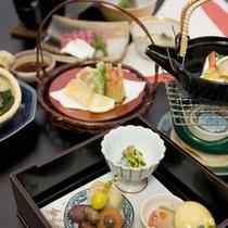 【料理】季節の味を大切にした会席料理