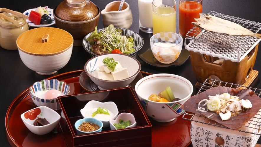 和朝食は名物【朴葉味噌】や【岩魚の一夜干し】をご用意いたします