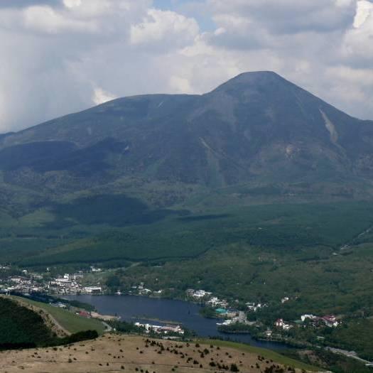 車山山頂からの大パノラマ(525X525)