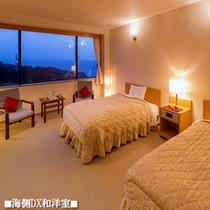 【海側DX和洋室】手前に和室、海側に洋室の2間
