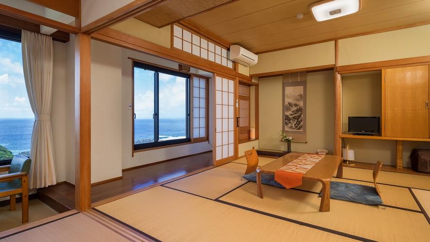 【海側DX和洋室】【禁煙】手前に和室、海側に洋室の2間