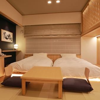 琉球畳風の和室+ローベッド+ロフト付き