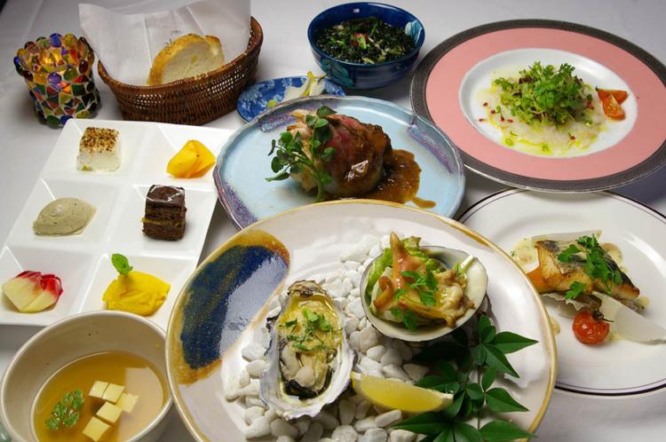 夕食:お箸で頂ける洋風懐石コース