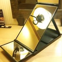 【レディースプラン】メイクの時に便利な三面鏡♪