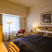 【セミダブル】140cmのベッド幅と、18㎡のお部屋でごゆっくりお過ごしください♪