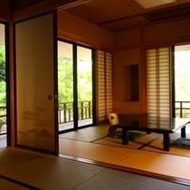 【禁煙/1F「花の間」純和室】光と風が舞い込む開放感あるお部屋。各階に1室だけ(計3室)の部屋タイプ