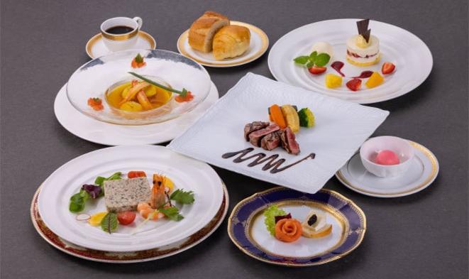 【10・11・12月】旬の味覚を楽しむ フランス料理コース宿泊プラン
