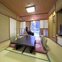 ★眺望風呂付和室(10畳+4畳相当・45平米)