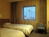 ■客室:ツインルームは広々20平米