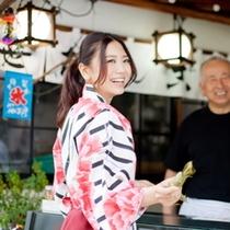 新潟銘菓「笹団子」笹の中によもぎ餅、中にはあんこが入っていました~