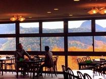 秋の朝食風景