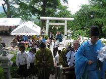 6月26日蔵王温泉酢川神社例大祭