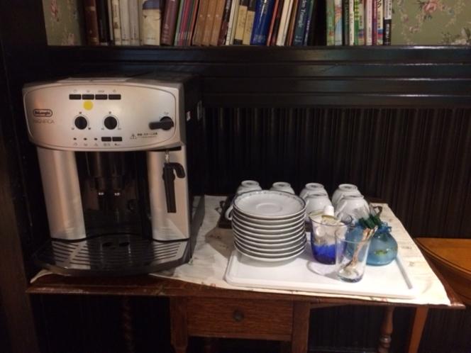 ロビーの珈琲マシン