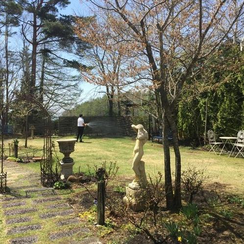 5月の庭2