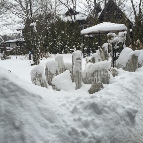 雪のガーデン2