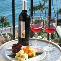 赤ワインとミニプレート