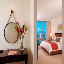 ■2ベッドルーム+デン オーシャンビュースイートマスターベッドルーム