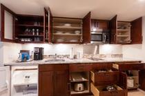 デラックスルーム パーシャルオーシャンビュー キッチン 一例