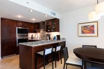 デラックス 1ベッドルーム パーシャルオーシャンビュー キッチン 一例