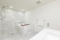 デラックスルーム パーシャルオーシャンビュー バスルーム 一例