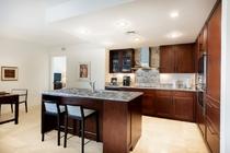 プレミアム 2ベッドルーム プラス デン プライムオーシャンビュースイート キッチン 一例