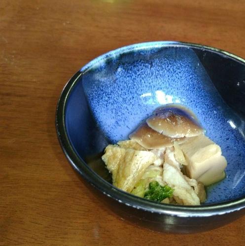 【朝食膳・1品(一例)】美味しいキノコを使った一品♪