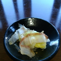 【朝食膳・1品(一例)】これぞお袋の味!白菜漬は格別です