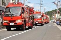 秋祭り 消防演習 消防自動車のパレード