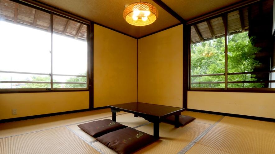 【和室10畳】シンプルで少しノスタルジックな和の空間です。