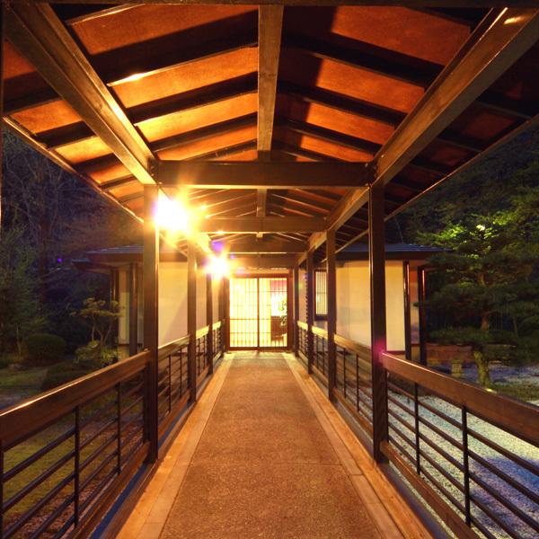 館内 渡り廊下