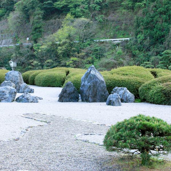 日本庭園 砂利